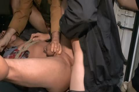 bdsm - No One Can Hear you screech! Part I