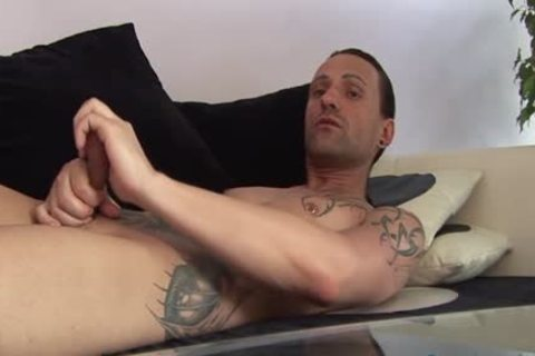 Jeff Paris Spends Some Quality Time Alone wanking His rod