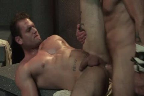 Muscle Bear three-some And sex cream flow