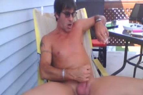daddy lad Had A nice jerk off Outside In The Garden