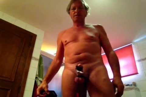 Electro cock Stimulation Makes Him Hard, Excited & Cumming