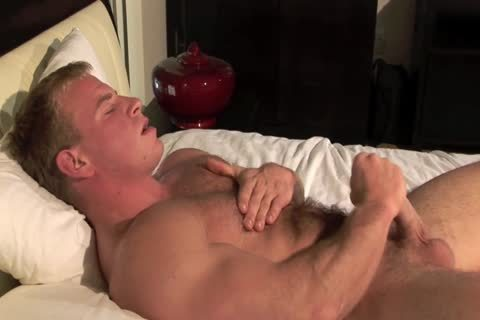 juicy Ben Kieren Bedroom Solo, hairy Muscle